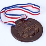 Médailles d'or dans 7 ans ou médailles en chocolat dans 7 mois?